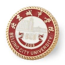 Round shape college badge lapel pin emblem