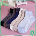 Mode chaussettes avec le modèle de points chauds style coréen pour les femmes d'hiver de gros