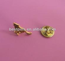 Gold wolf design lapel pin wolf animal collar pin