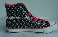 Dot design good quality canvas shoes lace up conversal