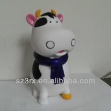 Halo mi nombre es de la vaca saman, vaca de vinilo