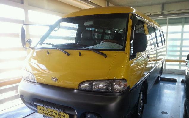 Hyundai Grace H100 Van Car