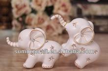 European resin fingerhut elephant couple wedding gift
