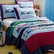Clssical Applique Trains Comforter HLK005