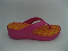 Comfortable women thick sole flip flop