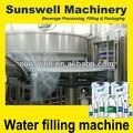 Automática pequeña botella de agua mineral de llenado de la línea de producción( 2013 la última cita)
