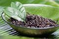 organischen moringa teeblätter getrocknet