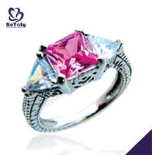 Special tiny wing shape pink cz set wedding ring diamond