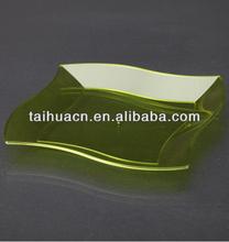 Exquisite Design Rectangular Shape Disposable Dishes
