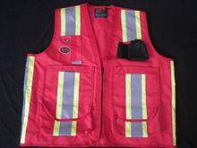 EN471 high visibility pink safety vest with multi pockets