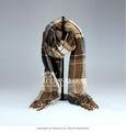 Moda lã como lenços para o homem