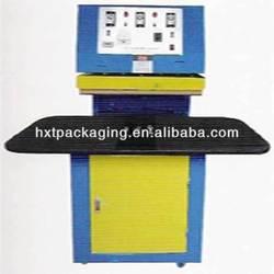 Semi automatic plastic clamshell sealer