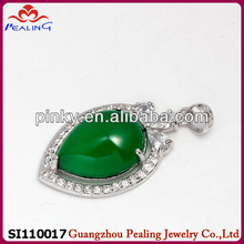 2014 fashion wholesale leaf shape chrysoprase 925 silver elephant pendant