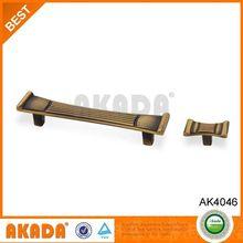 Best Selling Zinc Alloy L Handle Cabinet Lock,Classical Furniture Handle