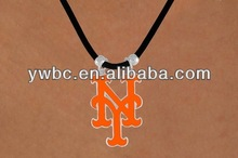 creative alphabet n and r letters pendant necklace(A106707)