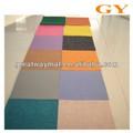 colorido no tejido de alfombras para el piso