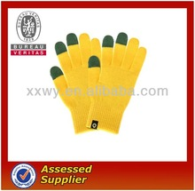 the newest style touch screen glove,soft touch gloves for winter time (protect your hands)