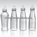 Diferentes de alimentos y botellas de jugo