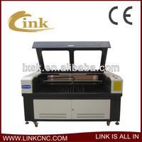 Jinan high technology!!! Good working effort!!! garments cloth laser cutting machine/glove laser cutting machine