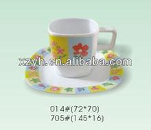 ตารางเมลามีนพิมพ์sqaureถ้วยกาแฟที่มีจานรอง