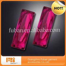 2014 wholesale rectangle acrylic rhinestone garment accessory