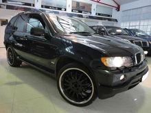 2003 BMW X5 3.0i 5dr (Black)