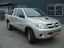 Toyota Hi-Lux D-4D Xtra Cab 4X4 pick up