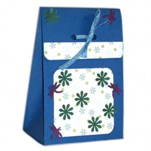 Exquisite design printed pink paper shopping bag on sale