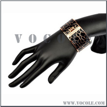 classic fashion 2013 popular bracelet for women