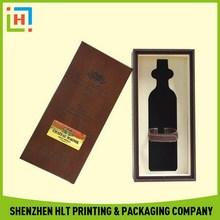 Design classical paper shoe box pattern