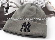 Custom hat / knitted hat / hats custom logo