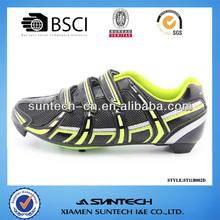Black road cycling shoe for women