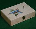 pequenas novas pintadas à mão caixas de madeira com dobradiças