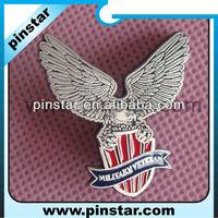 Die casting custom metal pilot wings military pin badge producer