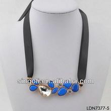 Fashion gemstones and crystal filled necklace black band linked cotume necklace
