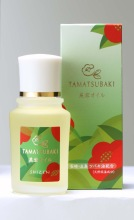 Skin oil made with camellia