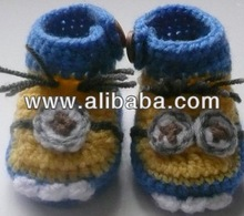 fashion crochet bbay minon boots with one or two eyes