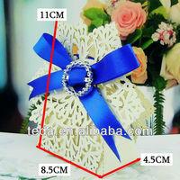 2015Pearl White Snowflake wedding favor boxes wholesale