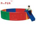 Crianças indoor redonda de plástico bola de bilhar, interior playground bola de bilhar