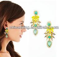 Delicate punk gemstone flower ladies earrings designs pictures