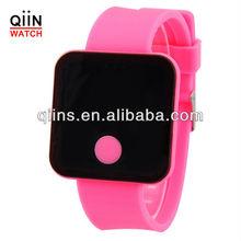 CM8022 digital watch red numbers