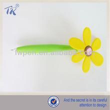 Fashionable Lovely Flower Plastic Ballpoint Pen