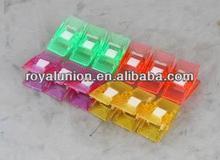 colored clothes plastic peg