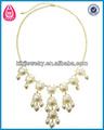 Faux pearl volantes. collier de gros bijoux en or