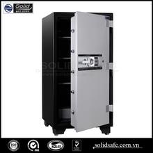 Electronic digital lock safe
