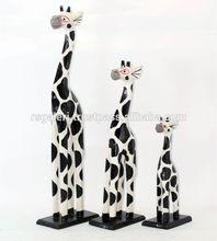 jirafa de madera escultura