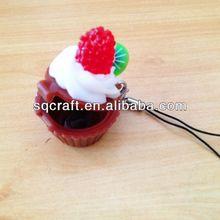 New whole sale promotion gifts/Mini toy keychains//Fake cake/fridge magnet for decoration