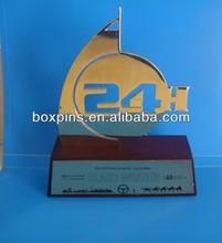 hora 24 carreras de coches de metal premio trofeo placa