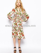 Midi dress in tropical floral print