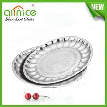 Flower design stainless steel round dish